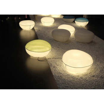Pill-Low Outdoor Lamp