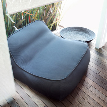 Float Lounge Chair - Outdoor