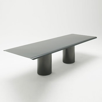 Gon Dining Table