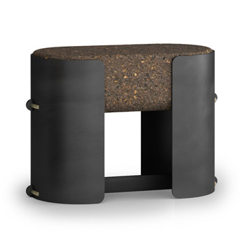 Bolota Capture Stool