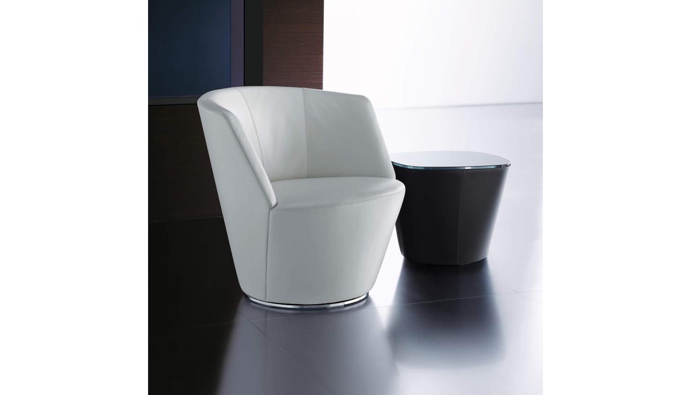 Ameo Lounge Chair