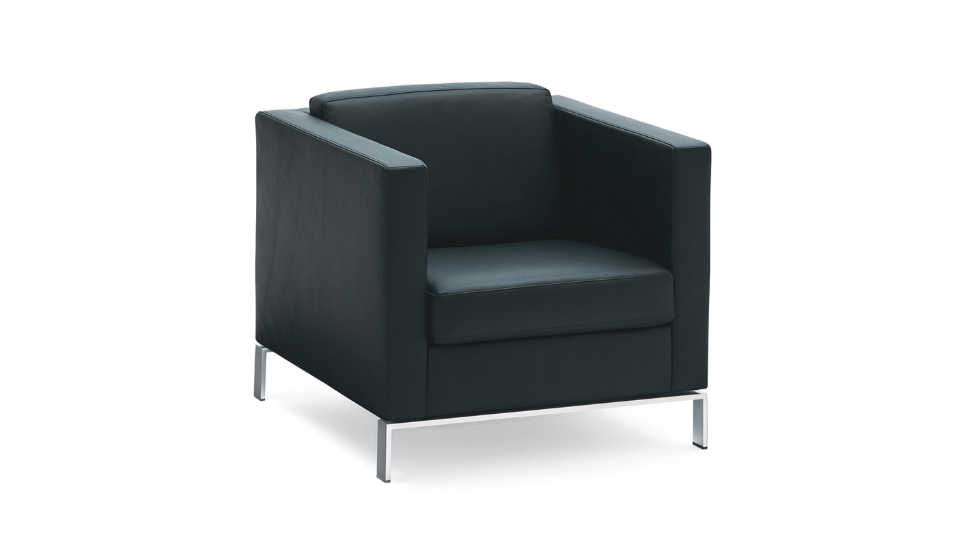 Foster 500 Lounge Chair