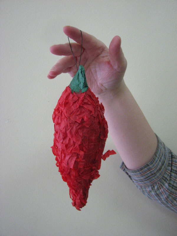 Mini-Chili Pepper Pinata