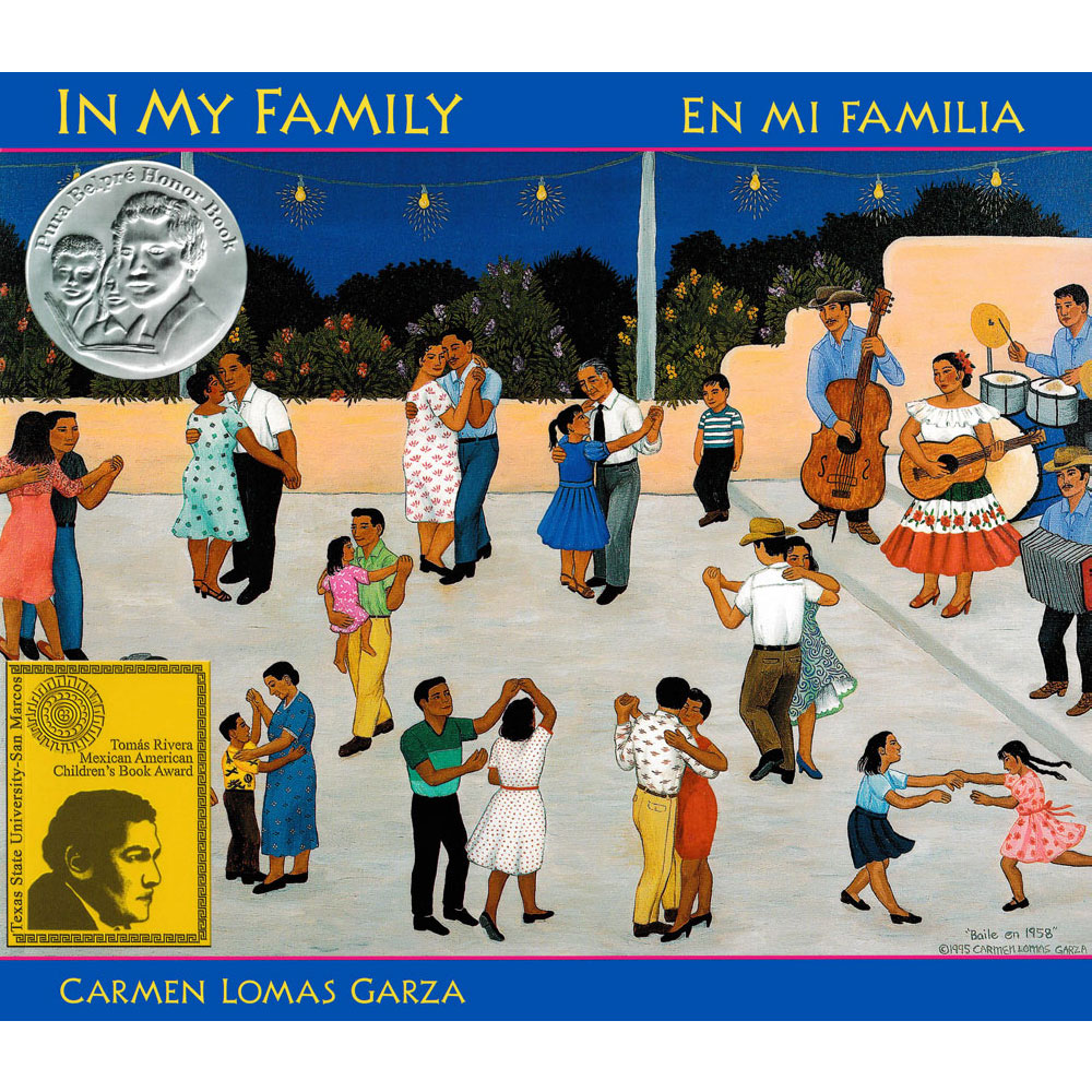 In My Family/En mi familia Picture Book