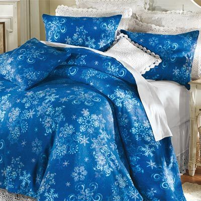 Winter Snowflake Fleece Blankets & Accessories