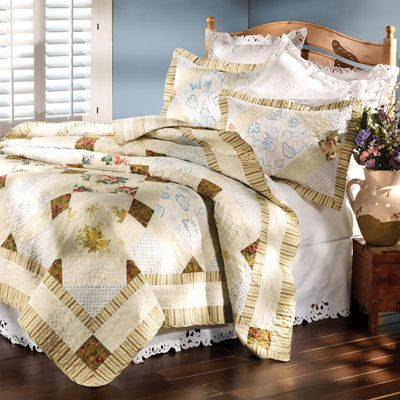 Walnut Grove Quilt Set