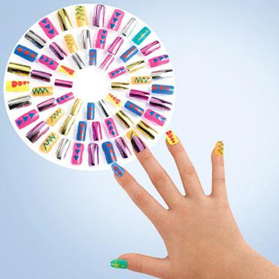 Dazzling Diva Nails