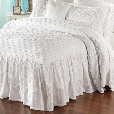 Circle Medallion Chenille Bedspread & Accessories