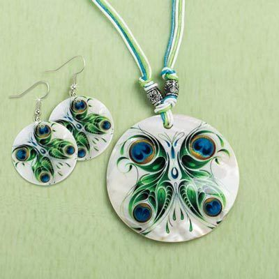 Luminescent Shell Jewelry Set