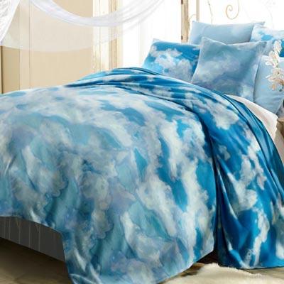 Daydreamer Fleece Blanket & Accessories