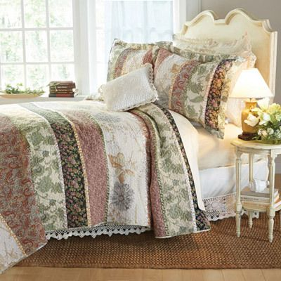 Patchwork Stripe Quilt Set