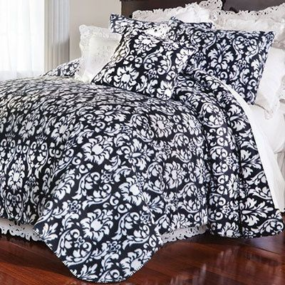 Regal Damask Fleece Blankets & Accessories