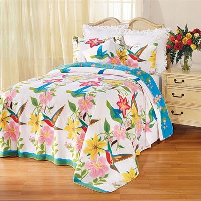 Hummingbird Garden Fleece Blankets & Accessories