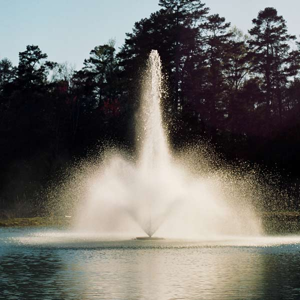 Kasco 5 HP 5.1JF Fountain, 7 Spray Patterns Included