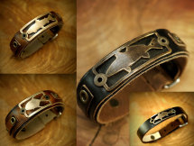 Leather Bracelet With Bronze Badge - Saltwater