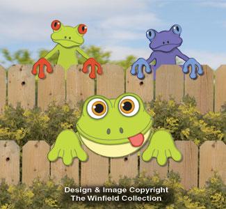 Frog Fence Peekers Wood Pattern