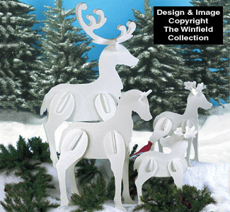 Standing Reindeer Family Wood Pattern