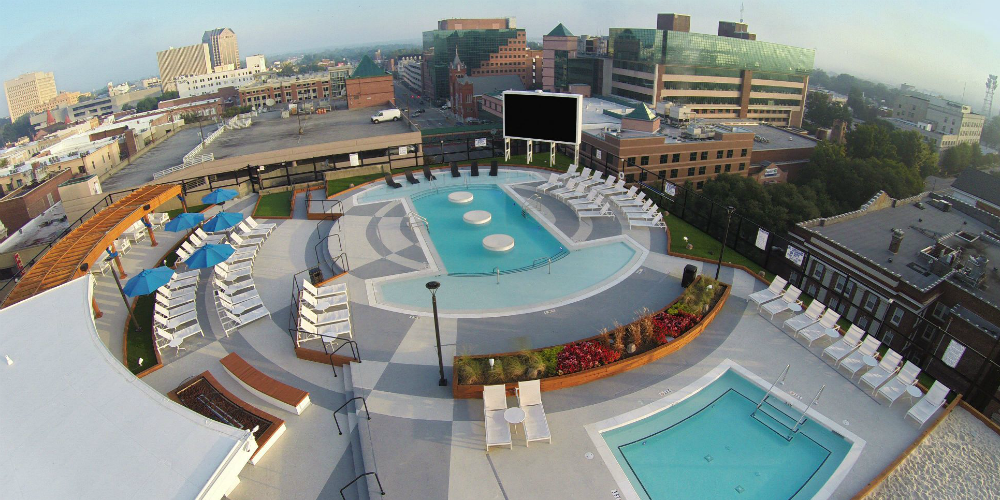 11 awesome student housing swimming pools to keep you cool this summer ucribs for Columbia university swimming pool