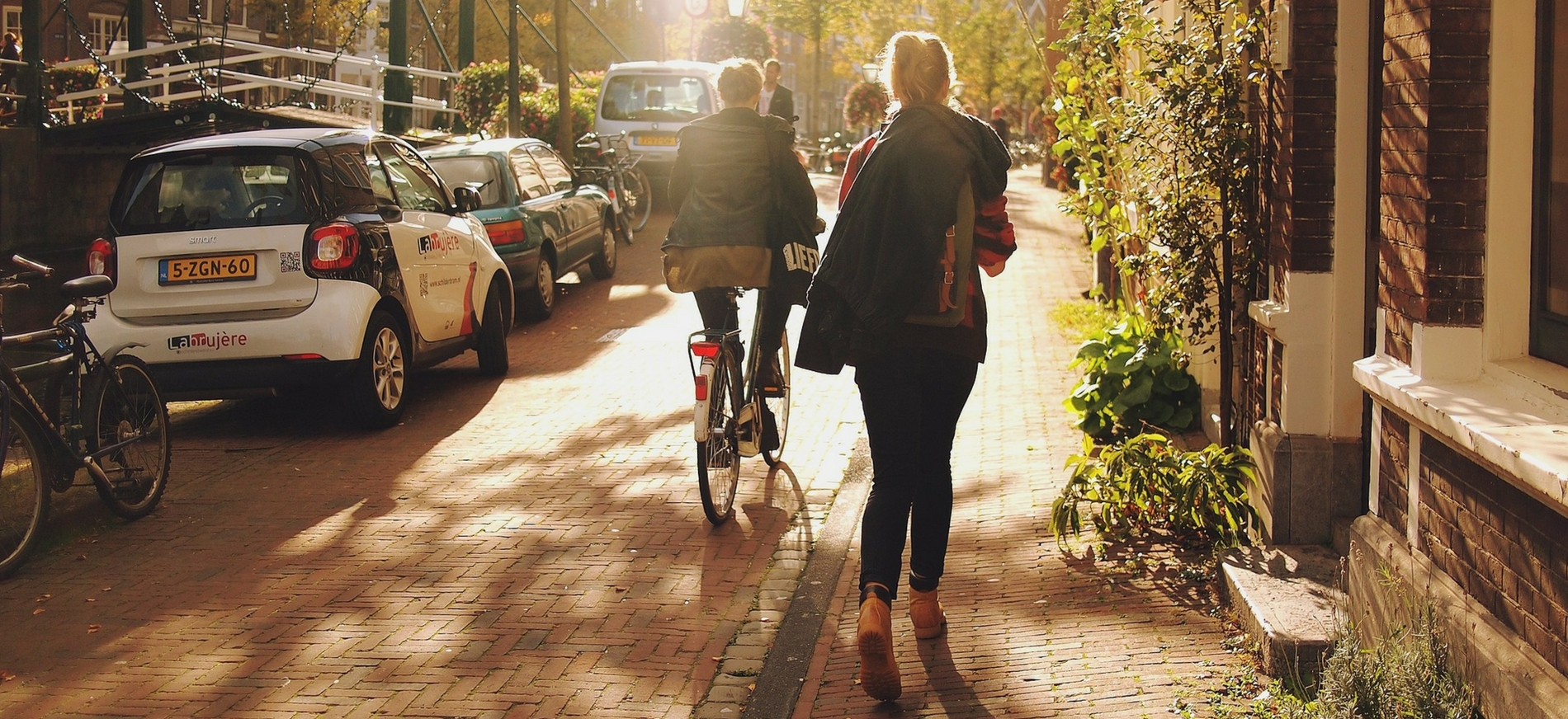 Ways College Students Can Save Energy, Reduce Waste, & Go Green - Transportation