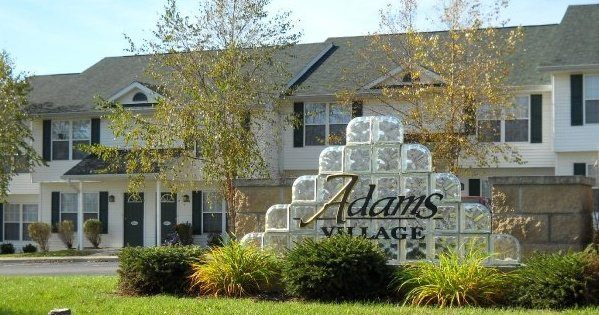 Adams Village Apartments Bloomington In