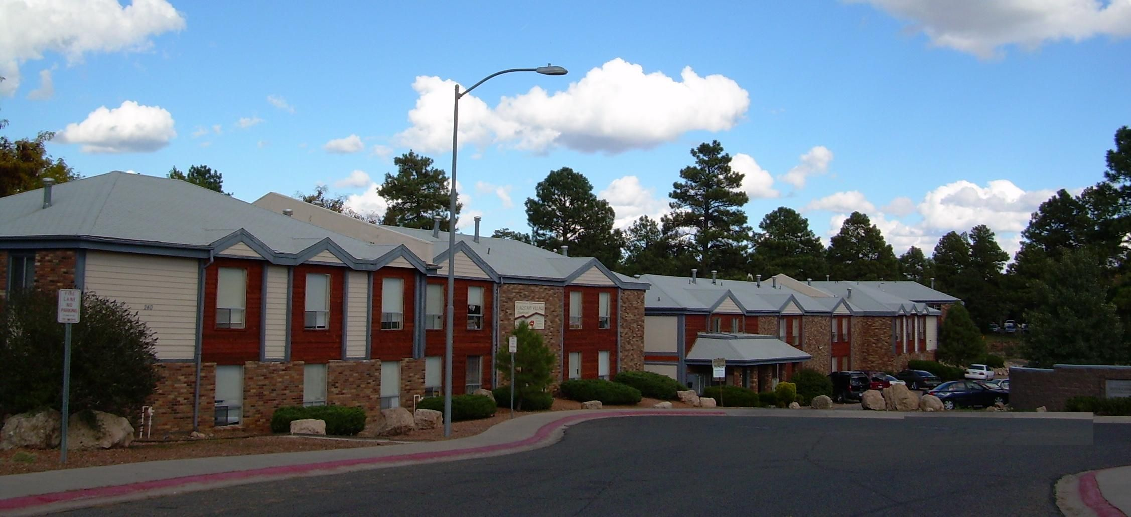 Flagstaff village ucribs for One bedroom apartments in flagstaff az