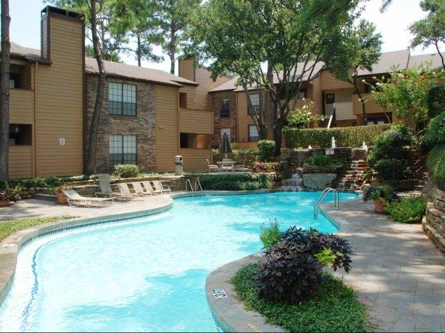Ridgecrest Apartments   UCribs
