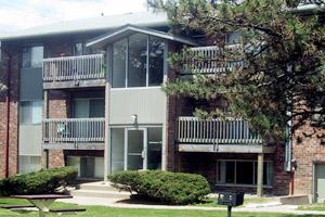 Woodside Apartments 1800 Haslett Road East Lansing Mi