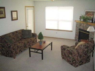 Attractive One Bedroom Apartments Fort Collins #1: Rams%20Park%20Apartment%202.jpg