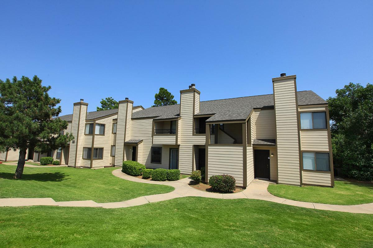 Riverbend Apartments   UCribs