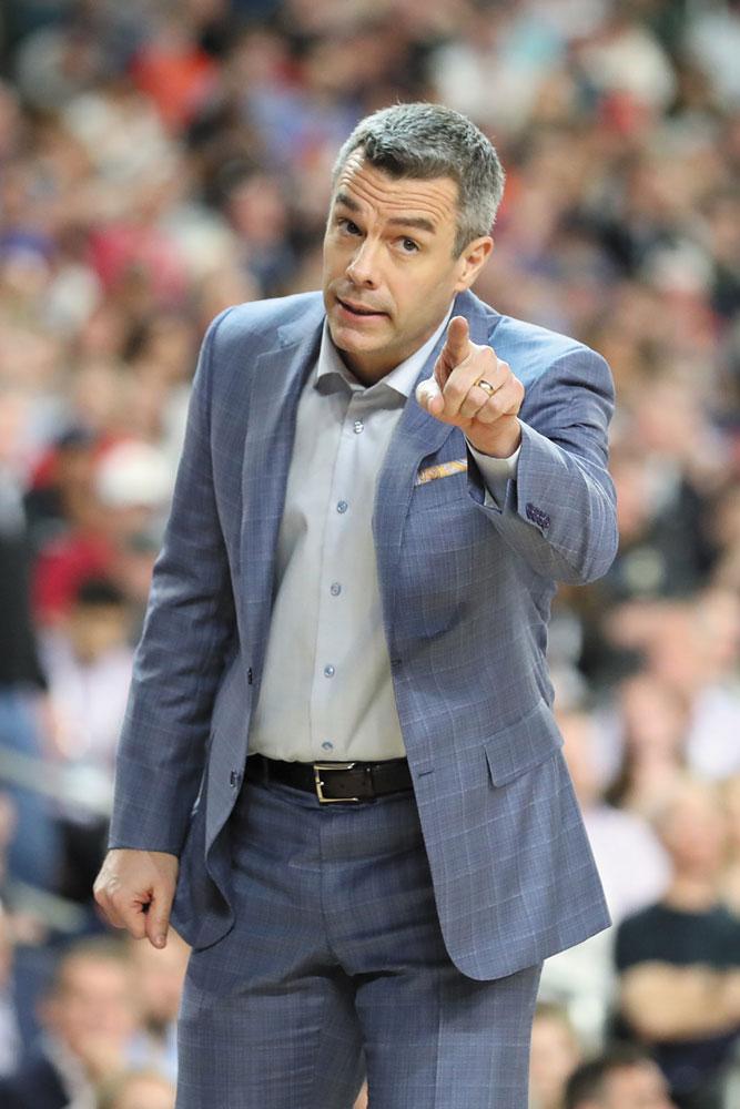 Coach Tony Bennett
