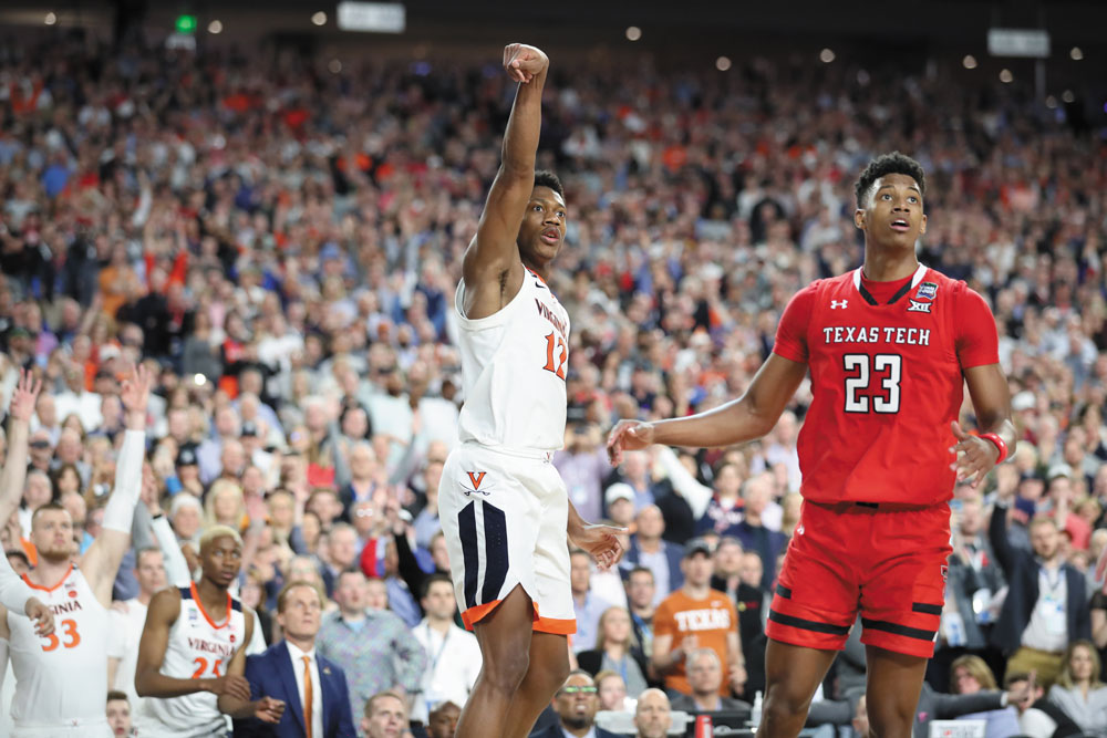 De'Andre Hunter connects on a three-pointer to send the championship game to overtime