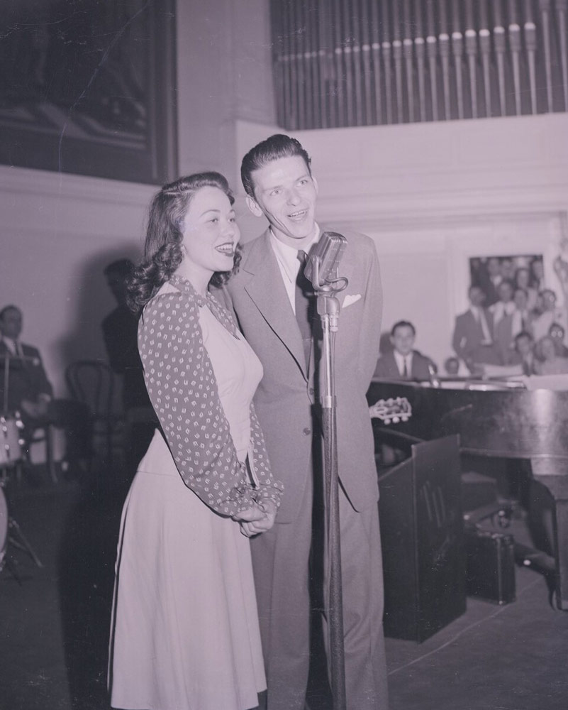 Frank Sinatra performing in Old Cabell Hall in 1940
