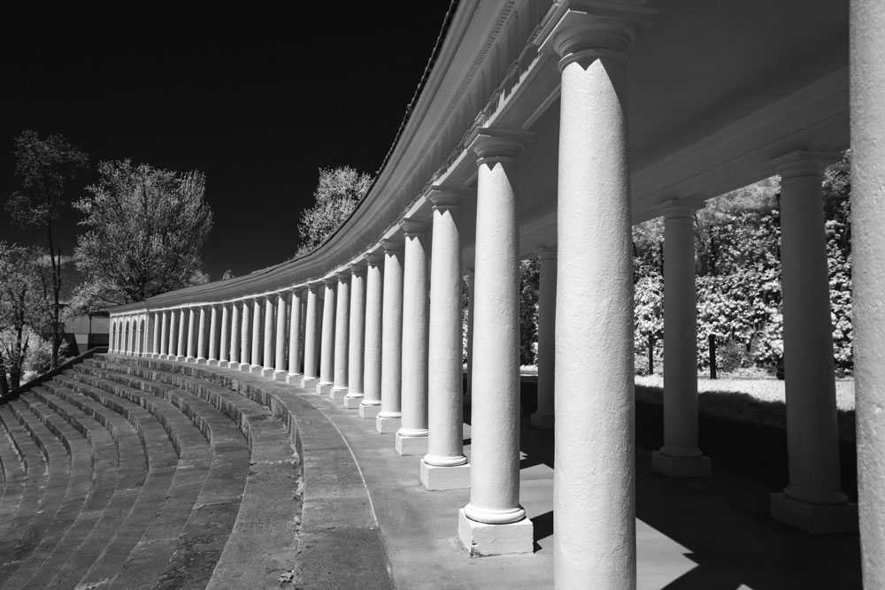Infrared photo of the colonnade above Lambeth Field