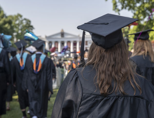 Classes of 2020, 2021 to walk the Lawn in May