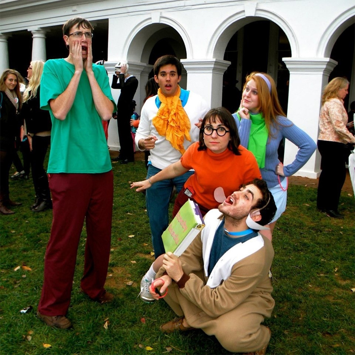 Scooby & friends attend Trick or Treating on the Lawn