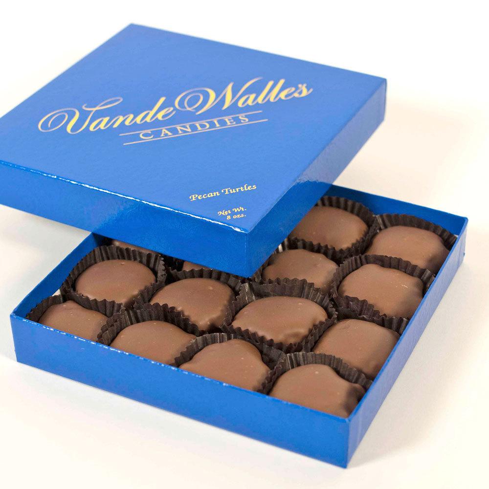 Pecan Paws (Turtles), Milk Chocolate - 8 oz. Box