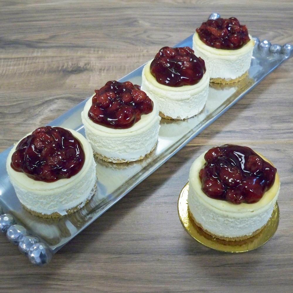 Mini Cheesecakes with Cherries