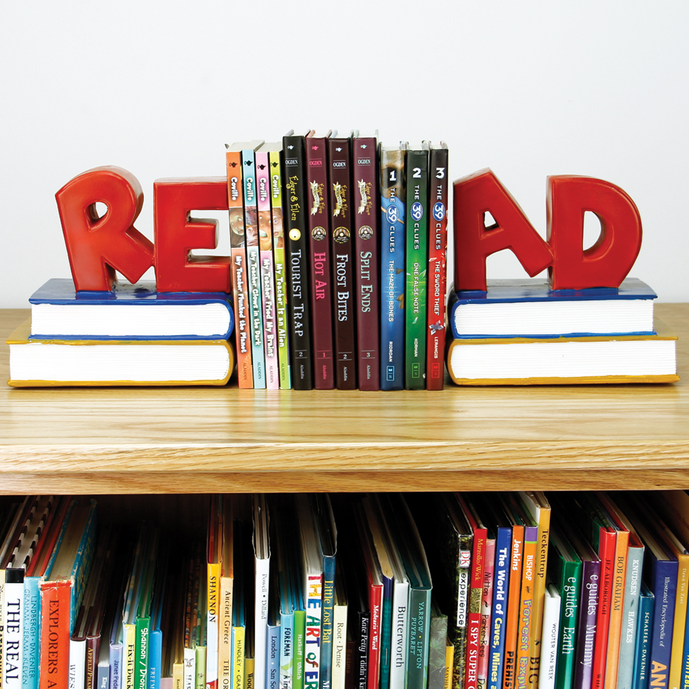 in.Read in. Bookends