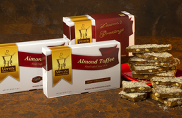 2 lb Almond Toffee Duo with Season's Greetings band