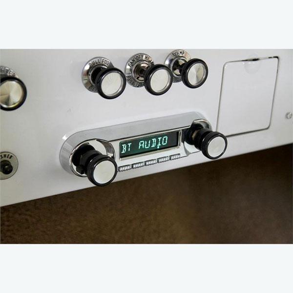 RetroSound Huntington Direct-Fit Radio