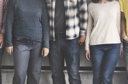 Millennials y Generación Z: analizan uso de medios y compras