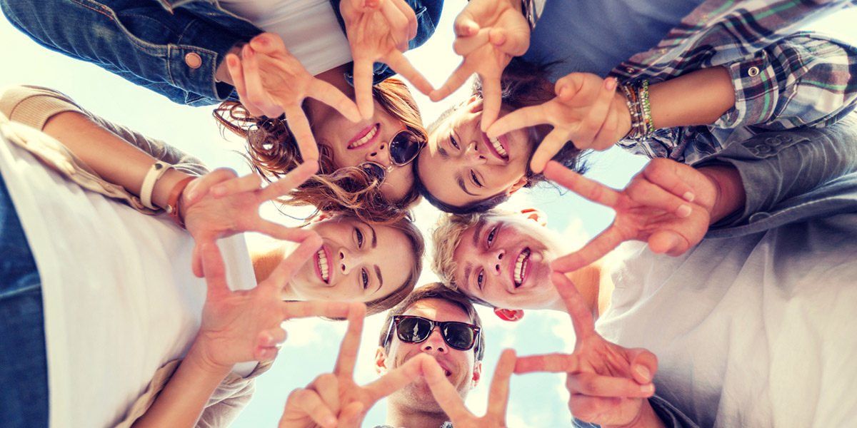 Adolescente usan menos Facebook: eMarketer