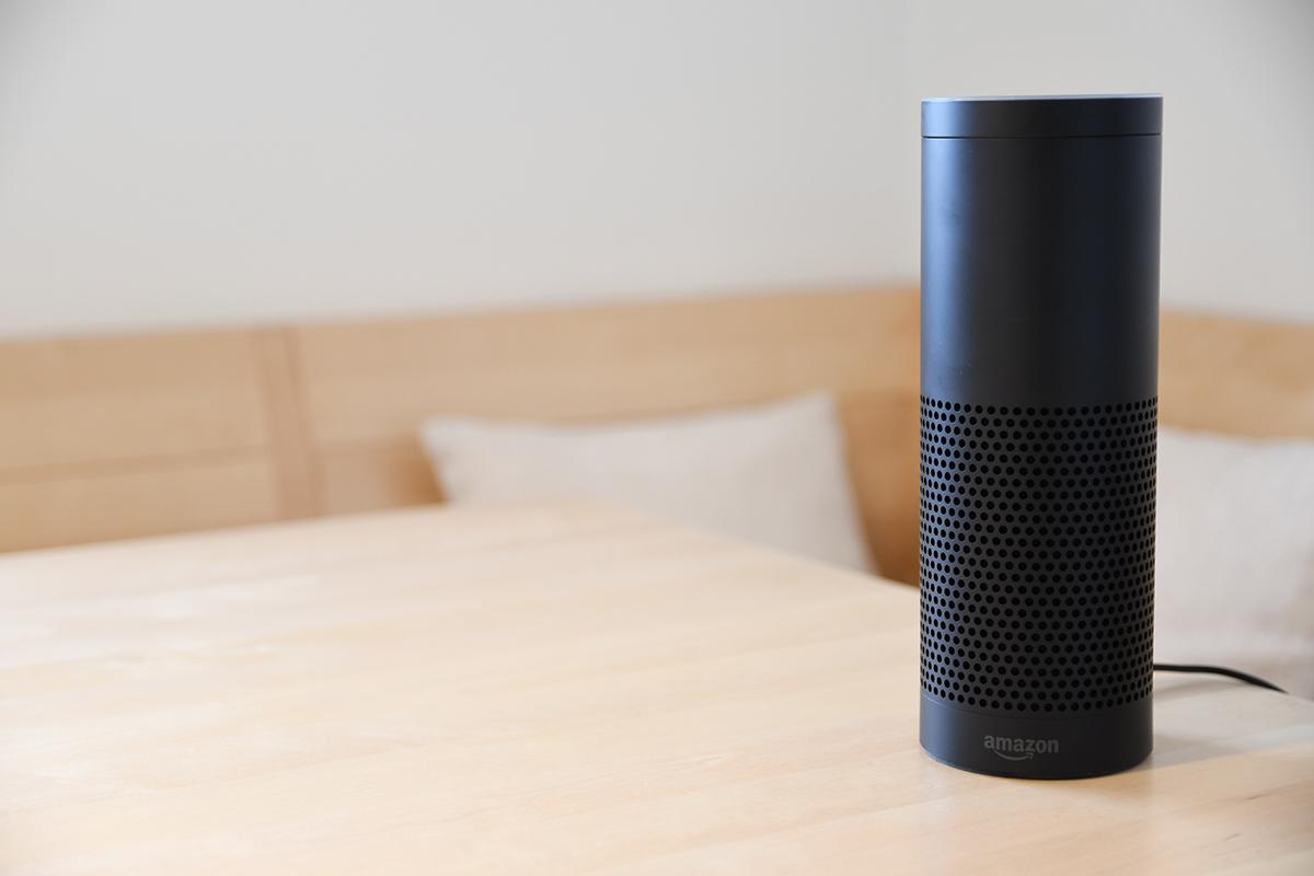 Amazon anuncia próxima disponibilidad de bocina inteligente Echo en México