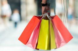 La confianza del consumidor logra su nivel más alto en casi 18 años