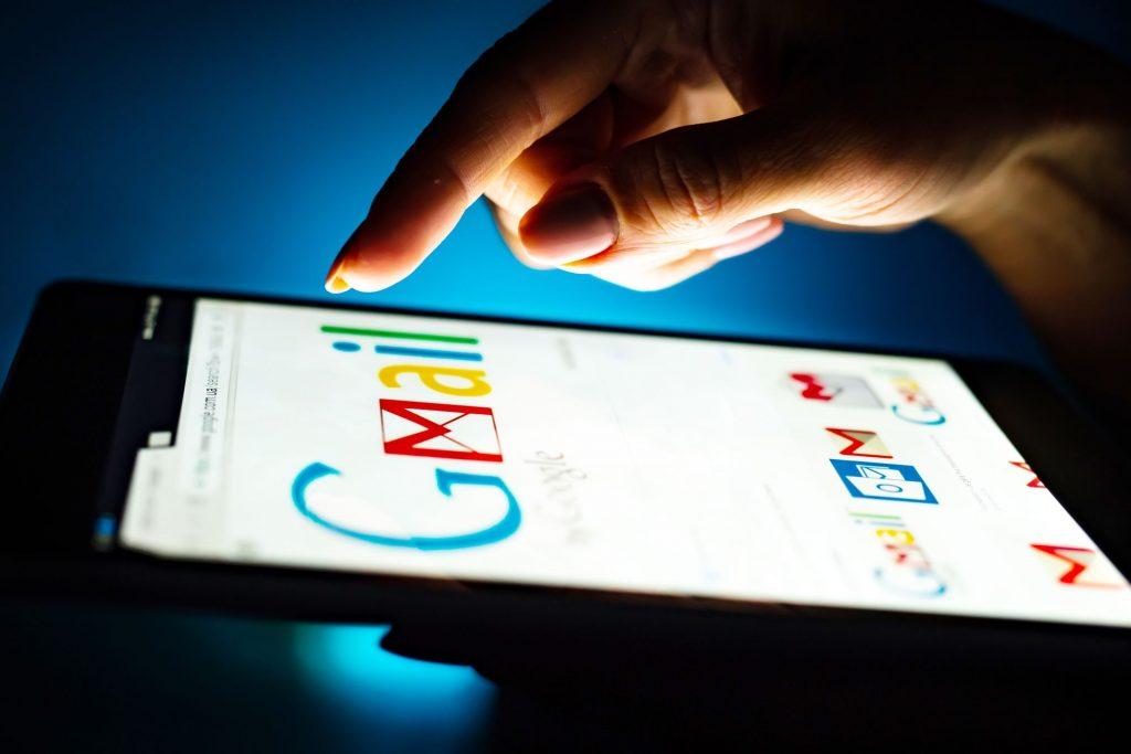 Bienvenidos a la era de los eMails dinámicos: AMP para GMail ya es una realidad