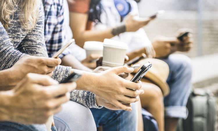 Los millennials abandonan las tarjetas de crédito y prefieren nuevos métodos de pago