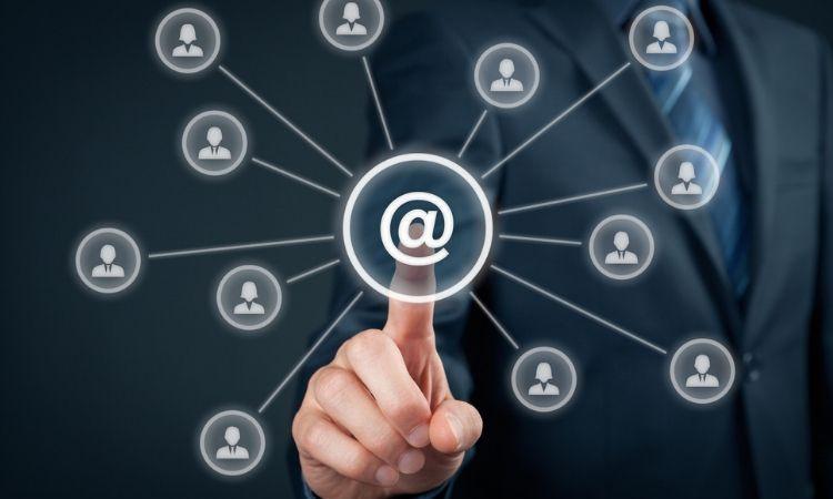 Actualmente hay 74.3 millones de usuarios de internet mexicanos y 18.3 millones de hogares con conexión (Endutih 2018)