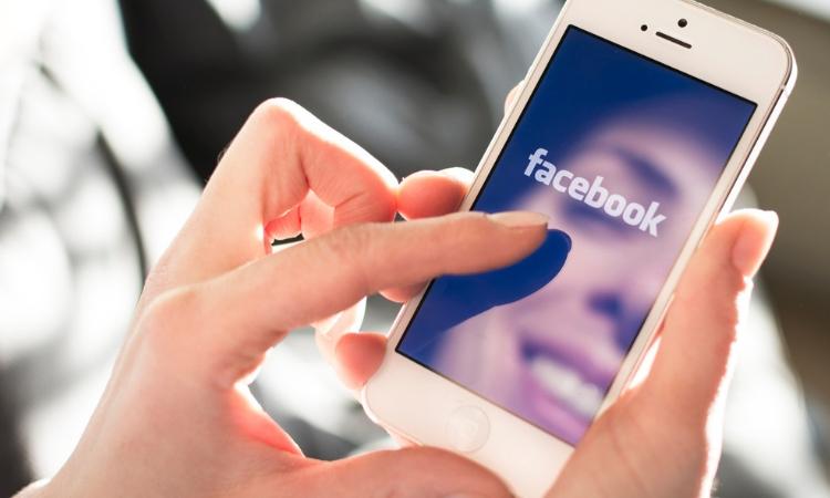 Por qué ves esos anuncios en Facebook (y no otros)