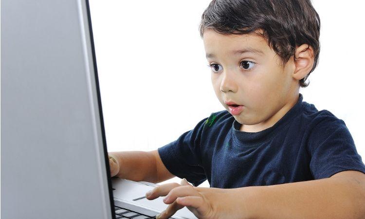 YouTube eliminará los vídeos que se dirijan a un público infantil... pero muestren contenido violento, discriminatorio o sexual