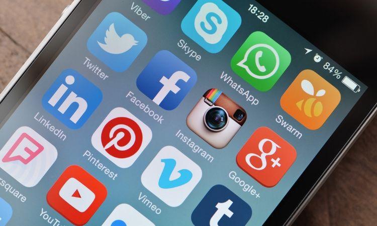 Amazon, Google, Facebook y Airbnb por medio de ALAI piden más tiempo para que se implemente el impuesto digital